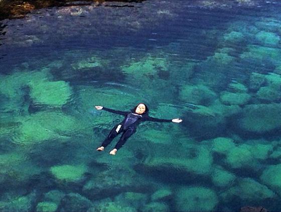 Laying in Queens Bath - Kauai Hawaii