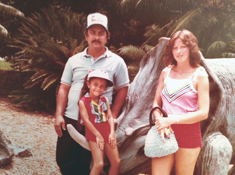 Mom dad and me cypress gardens 800