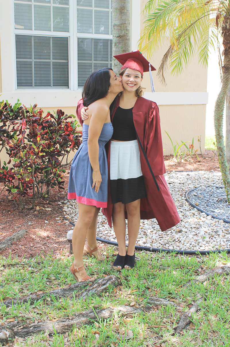Before Graduation Nell Kissing Dee