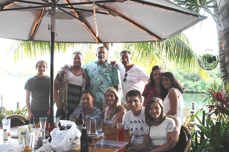 Entire family pic at Guanabanas