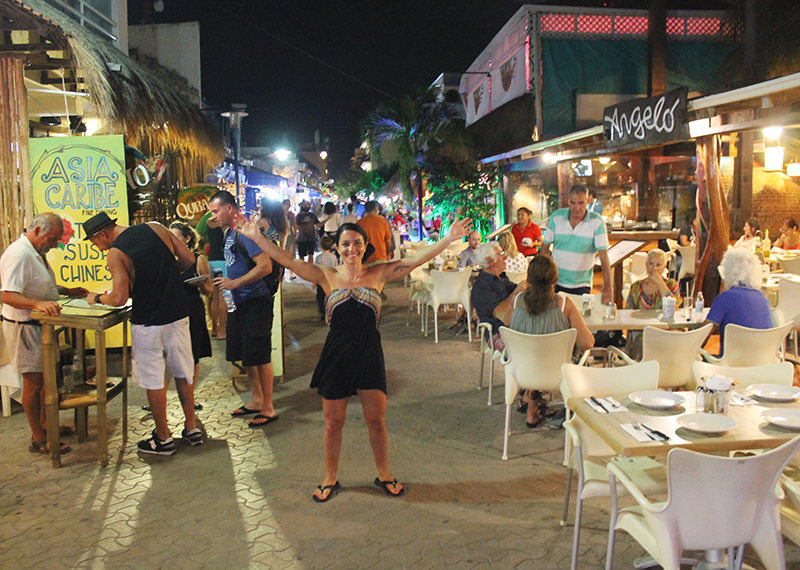 Nell Downtown Isla Mujeres Small