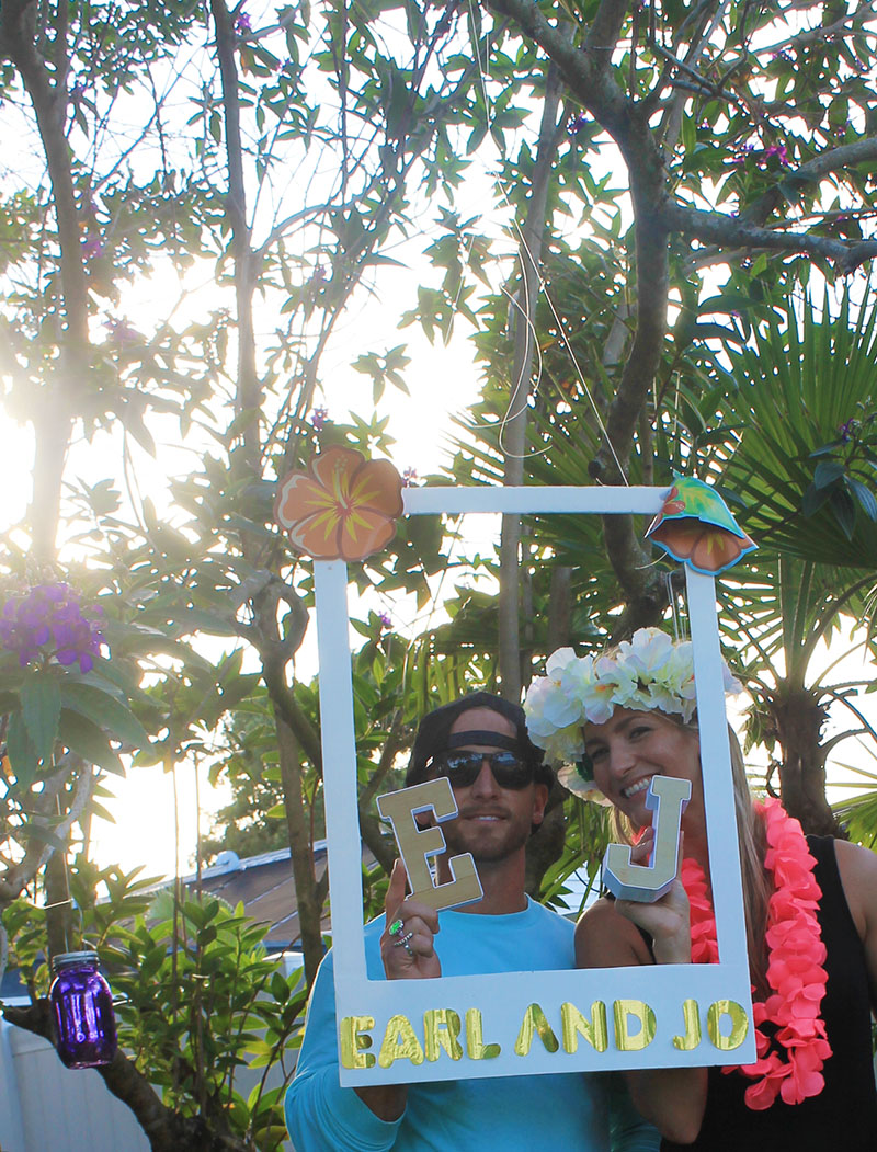 Photobooth - Frame Earl and Jo Letters