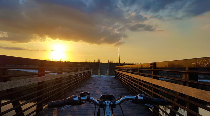 bike-on-bridge-sunset
